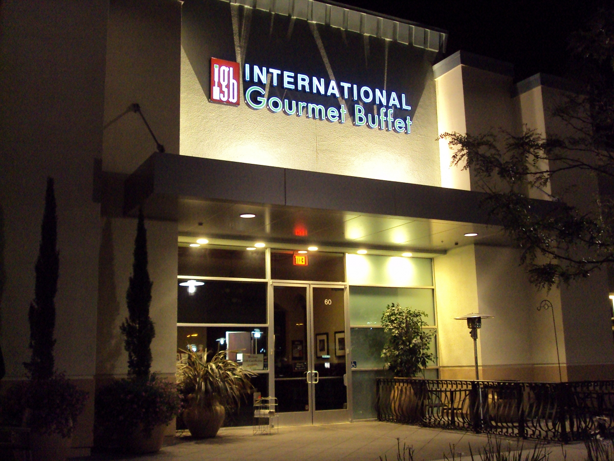 Internation Gourmet Buffet 3